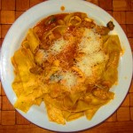 Pappardelle z owocami morza