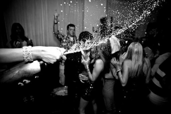 Oblejmy to szampanem