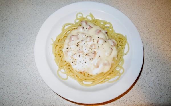 Oszukane spaghetti carbonara