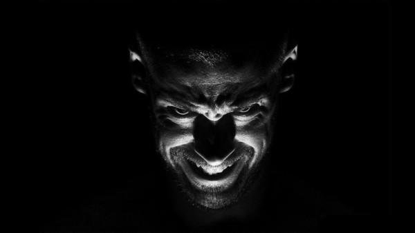 Diabeł na ratuszu, czyli czarne epitafium