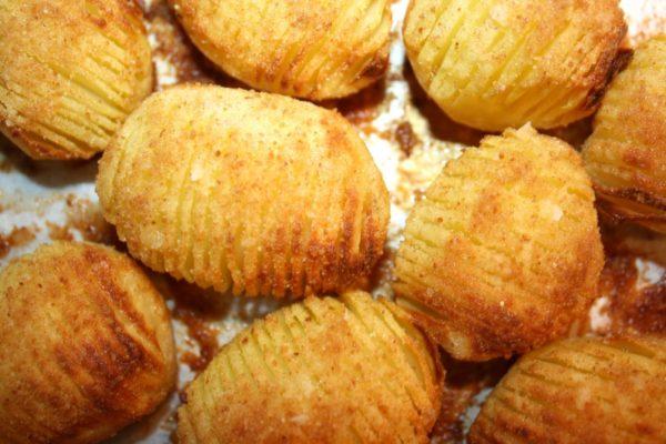 Ziemniaki Hasselback - Hasselbackspotatis