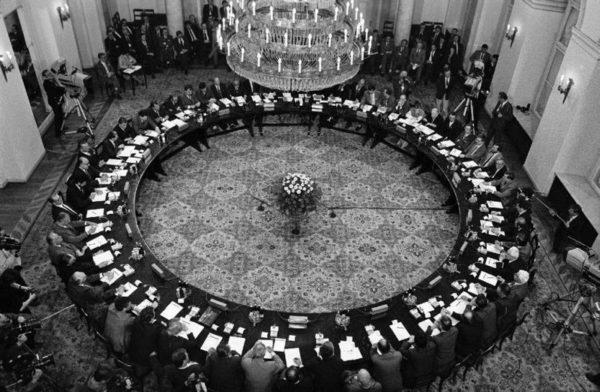 Gdyby dziś zrobić Okrągły Stół