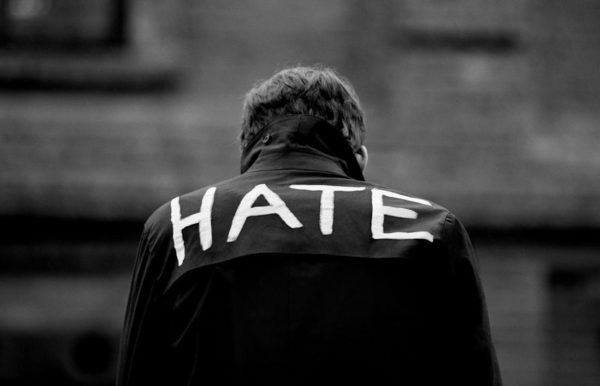 Nienawiść w poczuciu bezsilności