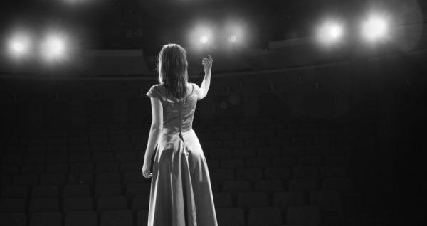Życie to nie jest teatr
