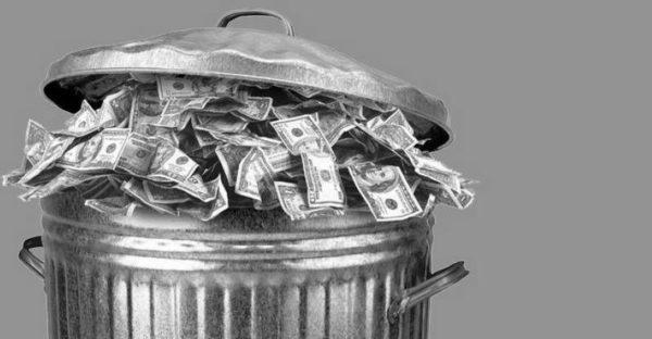 Pieniądze na antyteatralną działalność