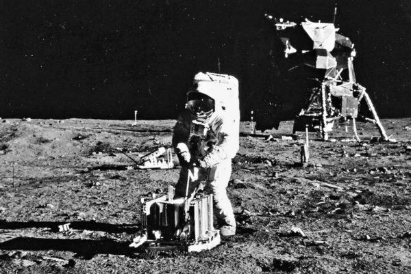 Seks oralny na księżycu