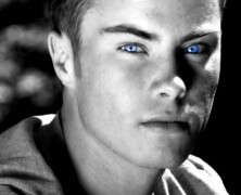 Ale ma niebieskie oczy