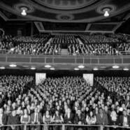 Modelowanie frekwencji w teatrze