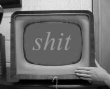 Oberwać od telewizora z liścia w twarz