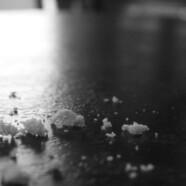 Stół – okruchów nie ma